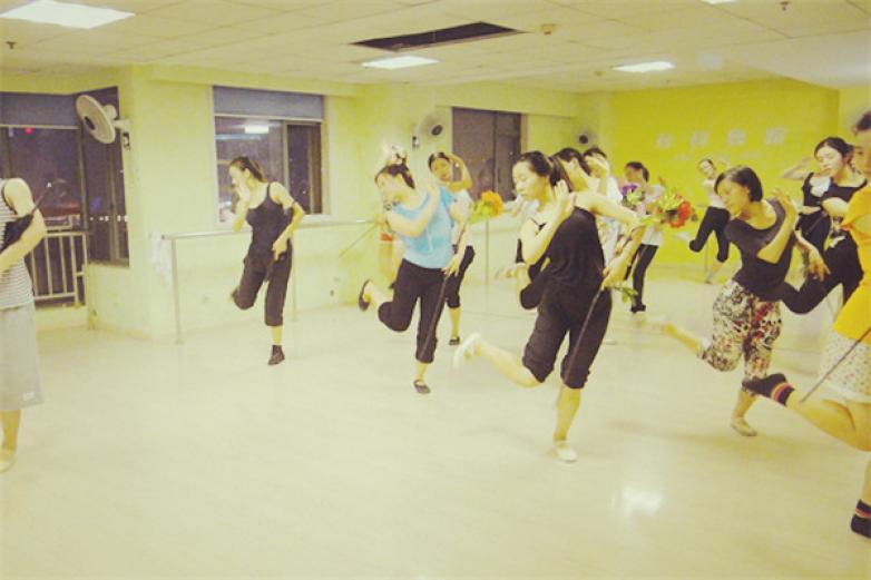 孫科舞蹈培訓加盟