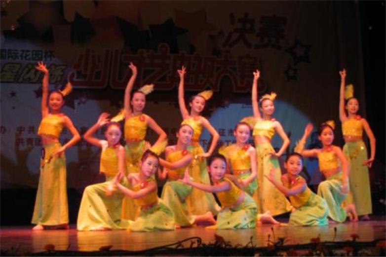 小雅舞蹈加盟