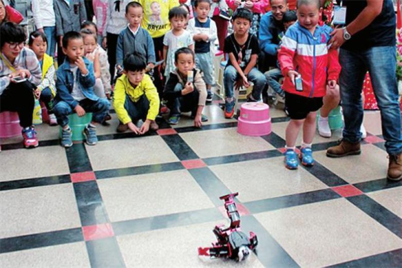 酷吧机器人加盟