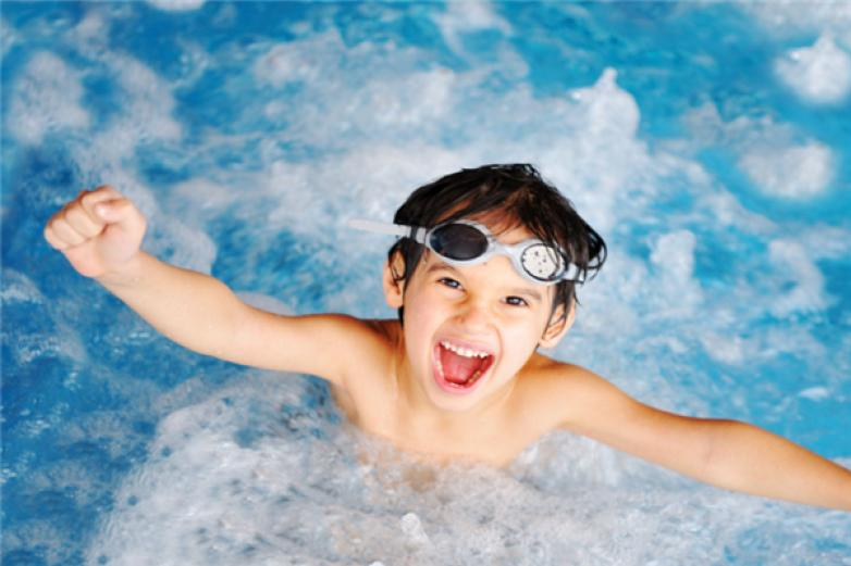 康休游泳培训加盟