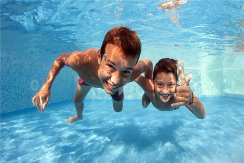 游泳培训加盟