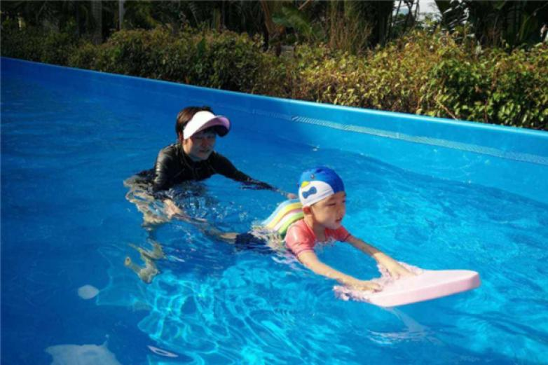 冠俊游泳培训加盟