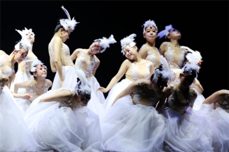 康孚舞蹈加盟
