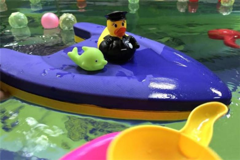 亲贝湾婴儿游泳馆加盟