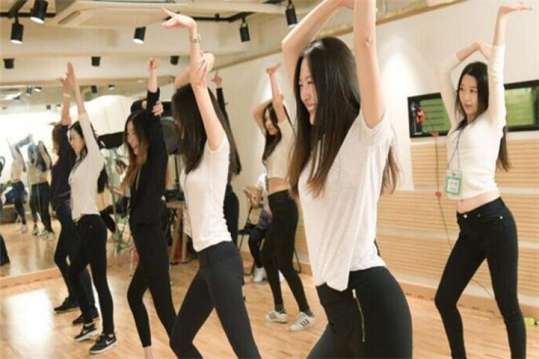 观澜华翎舞蹈加盟