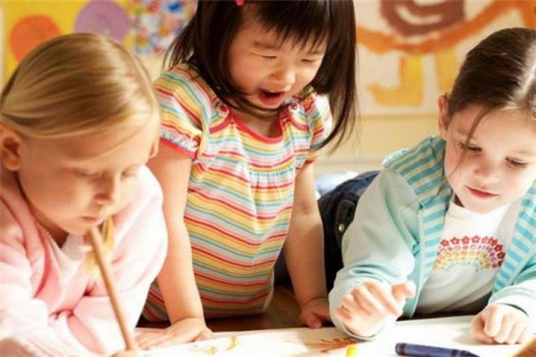 哈哈熊早教中心加盟