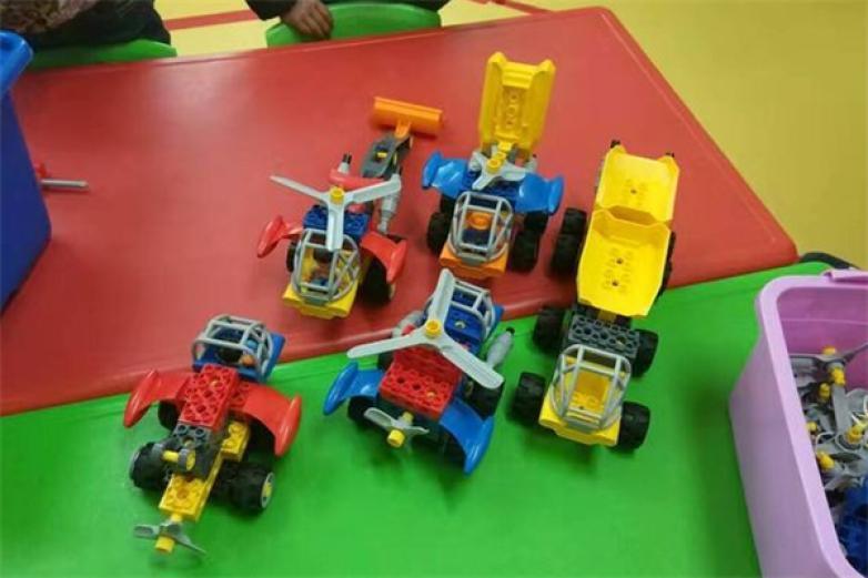 威威機器人教育加盟