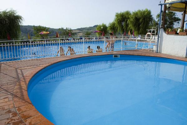 儿童游泳馆加盟一般多少钱