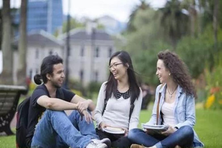 優思未來留學加盟