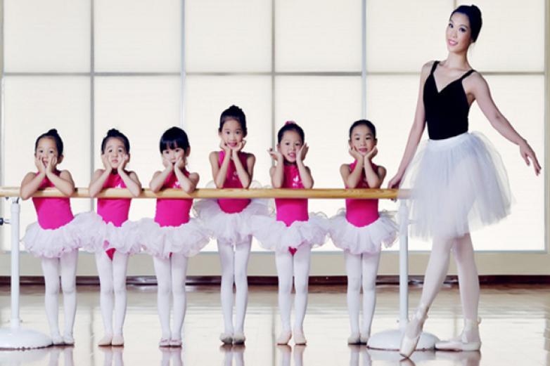 静莎舞蹈培训加盟