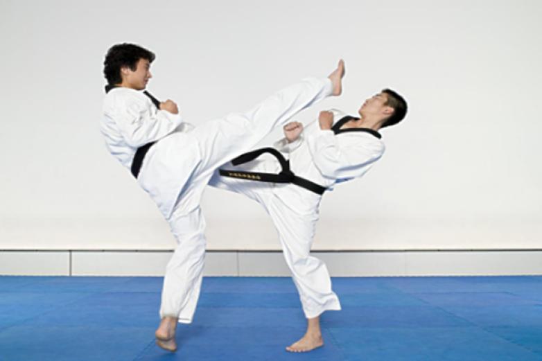 陳中跆拳道加盟