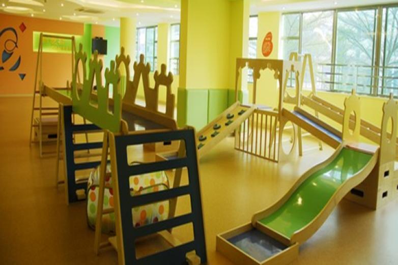 新爱婴早教中心加盟