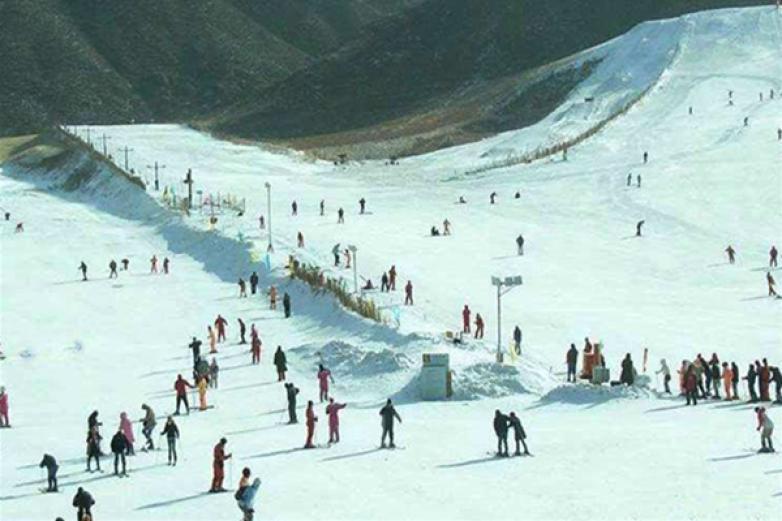 金象山滑雪场加盟