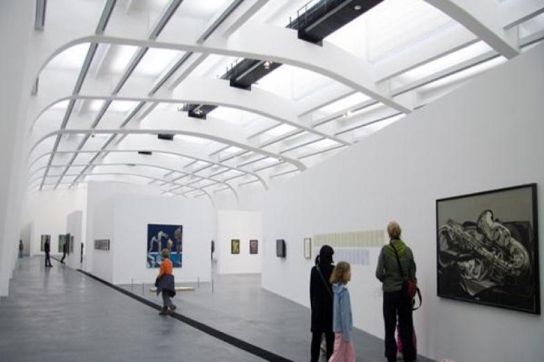 尤伦斯当代艺术中心加盟