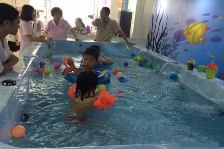 伊愷寶貝嬰兒游泳館加盟