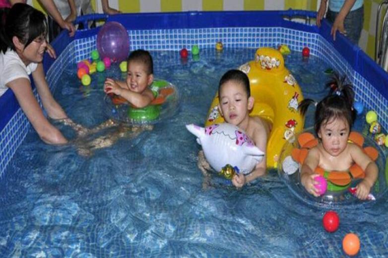 家有寶貝嬰兒游泳館加盟