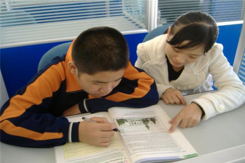 陽光教育加盟