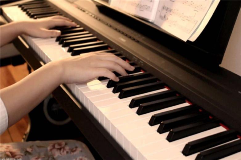 艺好学钢琴启蒙教室加盟