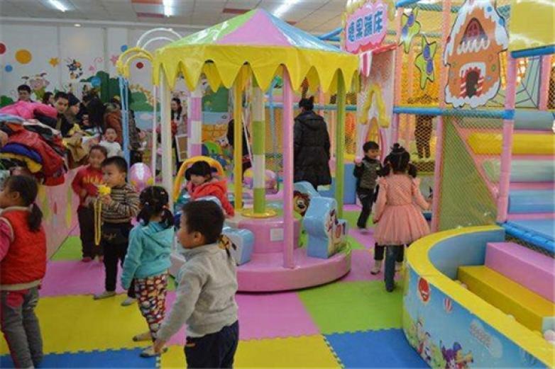樂貝兒兒童樂園加盟