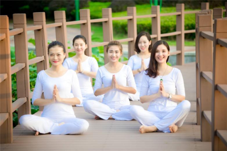 悠然瑜伽加盟