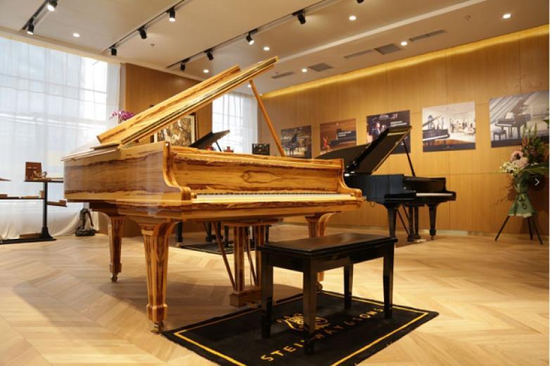 施坦威钢琴