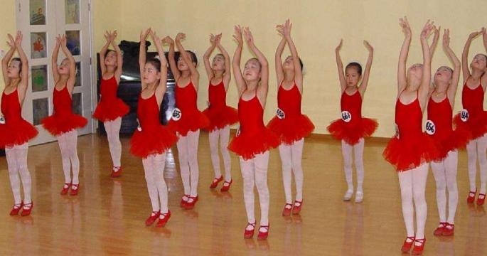 金芭蕾少兒舞蹈加盟費用多少?音樂培訓加盟選它合適嗎?