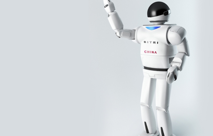瑪酷機器人培訓加盟費用多少?機器人加盟選它合適嗎?