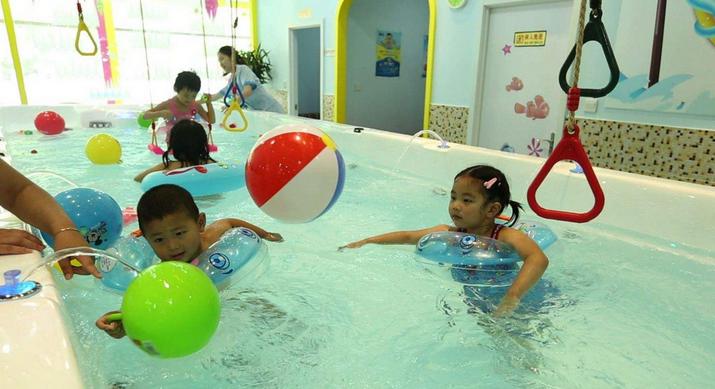 阳光宝贝婴儿游泳馆加盟