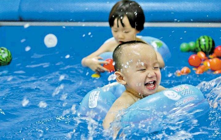 爱玩爱游婴儿游泳馆加盟费用多少?婴儿游泳馆加盟选它合适吗?