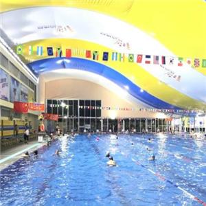 奥龙堡游泳馆
